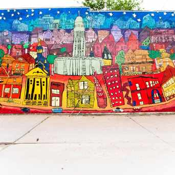 Photo of Building Mural in Lincoln