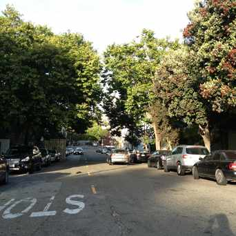 Photo of Grove St in Alamo Square, San Francisco