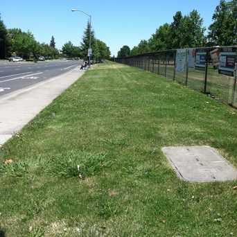 Photo of SAN JUAN RD & TRUXEL RD (EB) in South Natomas, Sacramento