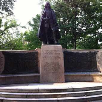 Photo of Sir Richard Saltonstall Monument in Watertown Town