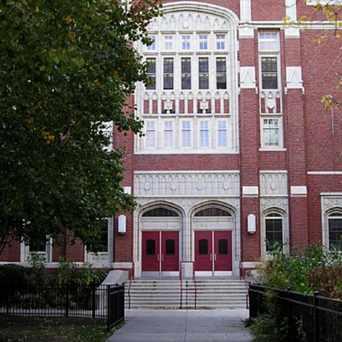 Photo of Amundsen High School in Ravenswood, Chicago