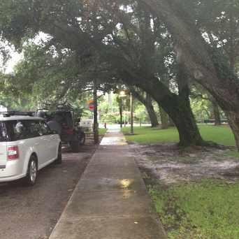 Photo of Sidewalk in Victoria Park, Fort Lauderdale