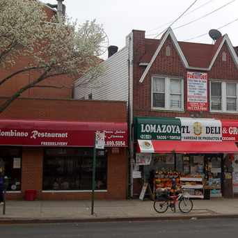 Photo of Lomazoyatl Deli Grocery in Corona, New York
