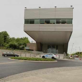 Photo of Staten Island 121 Precinct in Graniteville, New York