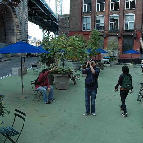 Photo of Pearl St Pocket Park in DUMBO, New York