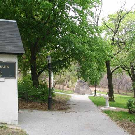 Photo of Hero Park in Grymes Hill, New York
