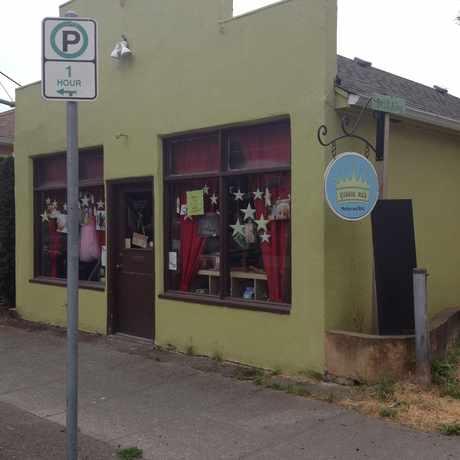 Photo of Queens Mab in Kenton, Portland