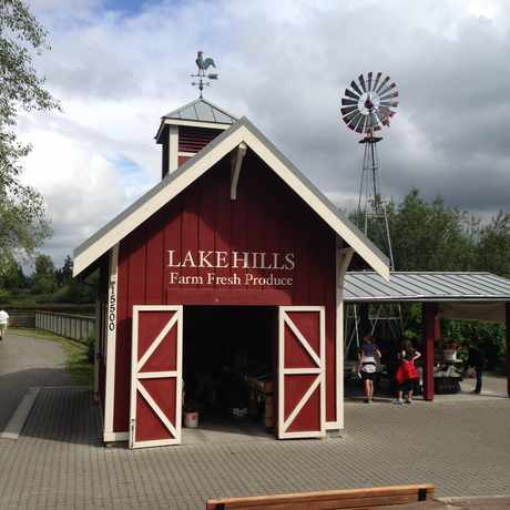 Photo of Lake Hills Green Belt Park in Bellevue