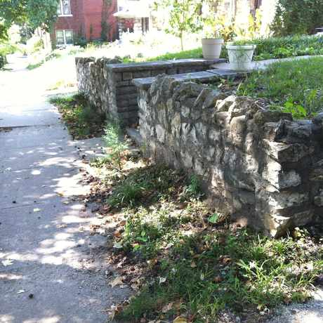 Photo of Stone Walls in Downtown Loop, Kansas City