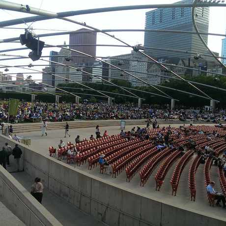 Photo of Jay Pritzker Pavilion in Millennium Park in Chicago