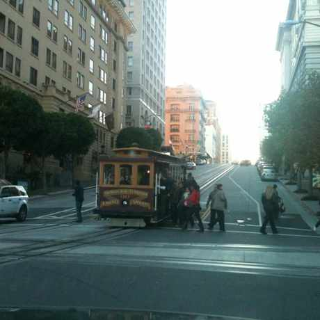 Photo of Cable Car in Nob Hill, San Francisco