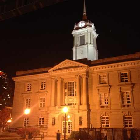 Photo of Maury County Courthouse in Columbia