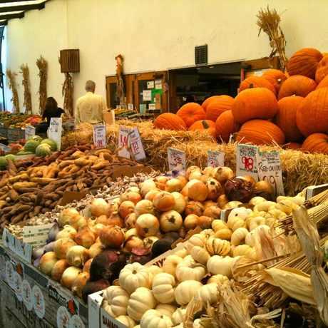 Photo of Monterey Foods in North Berkeley, Berkeley