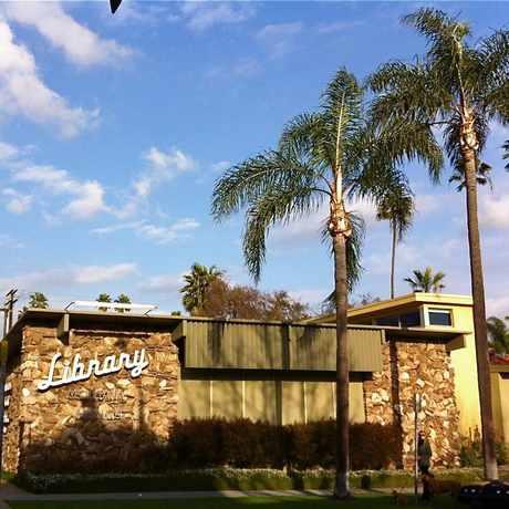 Photo of santa monica public library in Santa Monica