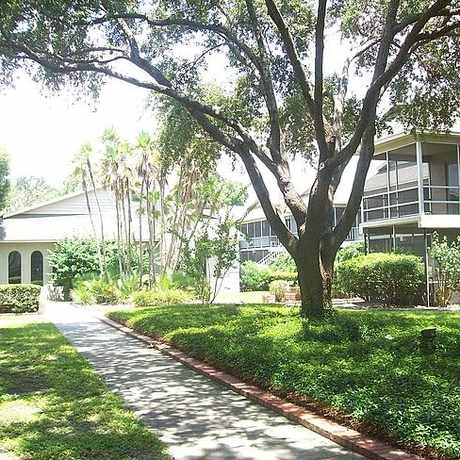 Photo of Regency Apartments in Lakeland
