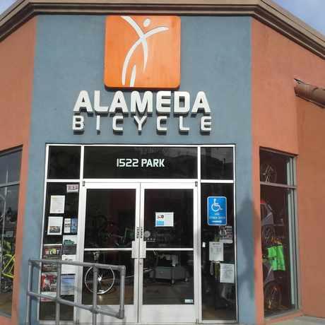 Photo of Alameda Bicycle in East End, Alameda