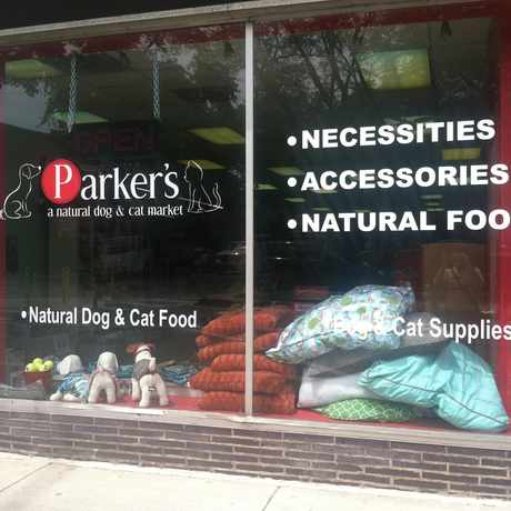 Photo of Parker's, a natural dog & cat market in Hyde Park, Chicago