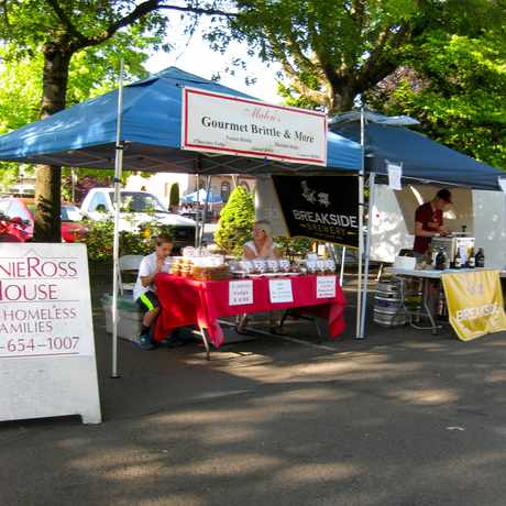 Photo of Malou's Gourmet Brittle and More in Milwaukie