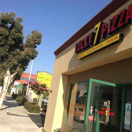 Photo of Lucky Seven Pizza in Vineyard, Glendale