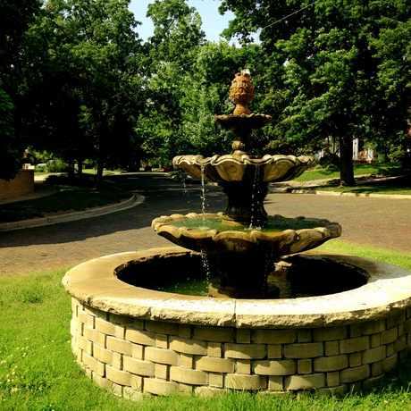 Photo of Fountain Street in College Hill, Wichita