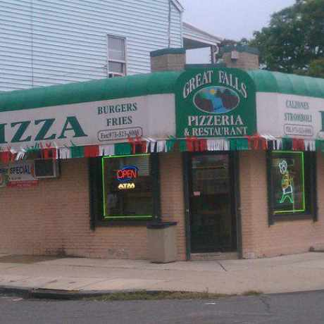 Photo of Great Falls pizzeria in Paterson