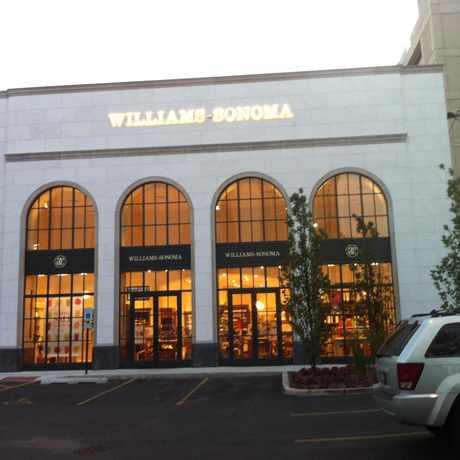 Photo of Williams-Sonoma in Goose Island, Chicago