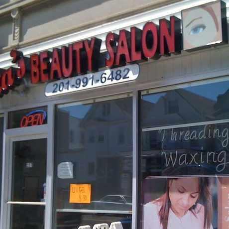 Photo of Nita's Beauty Salon in Kearny