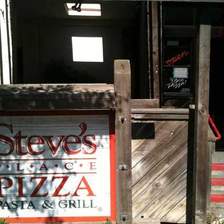 Photo of Steve's Pizza in Davis