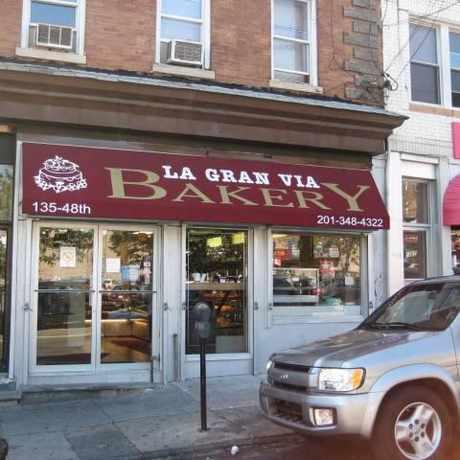 Photo of La Gran Via Bakery in Union City
